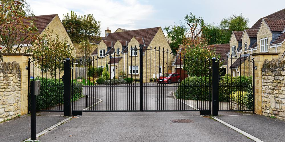 community-gate