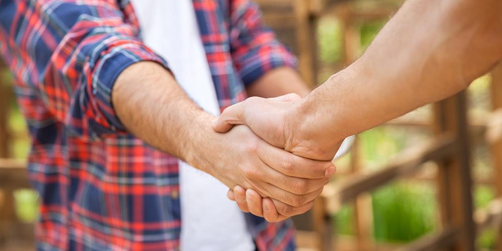customer-hand-shake