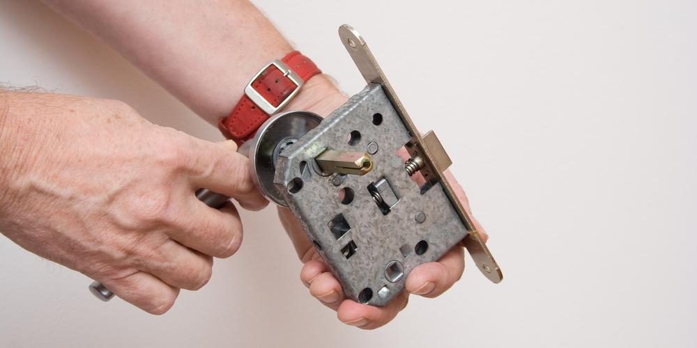 Lock Cylinder Installation