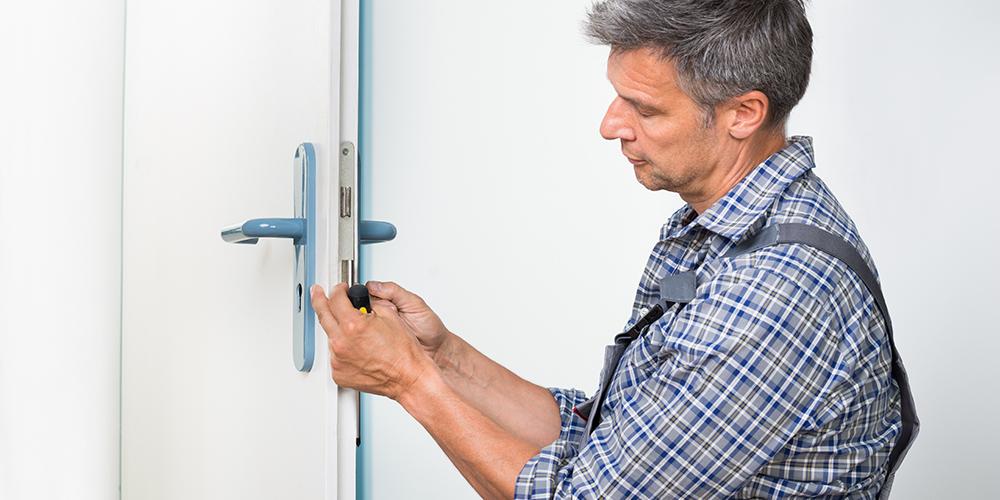 fixing-door