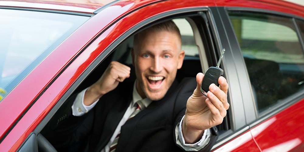happy-in-car