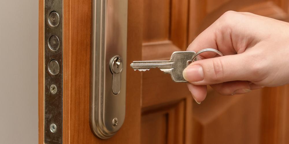 12 Best Ways To Secure A Door