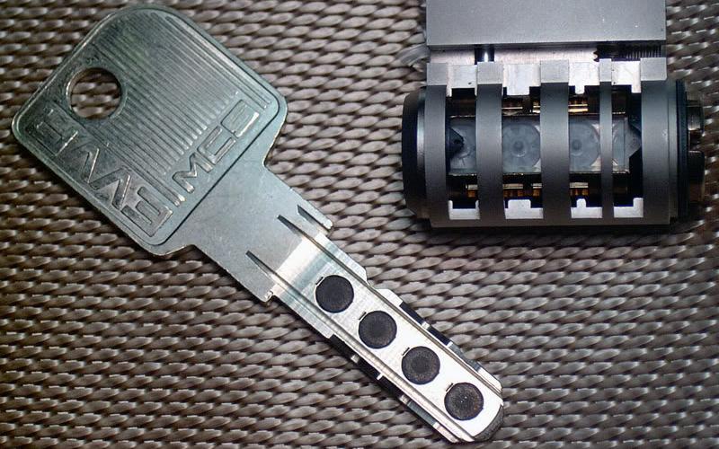 mag-key