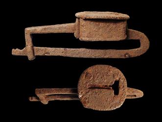 roman-padlock
